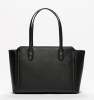 0003 ecomm soho shopper main black2