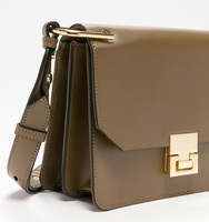 Hopewell shoulder olive handbag close