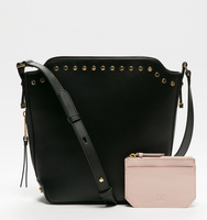 Claudia bucket bag nailhaed black details